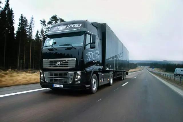 一年新增100多万辆货车,货运行业的未来在哪里?